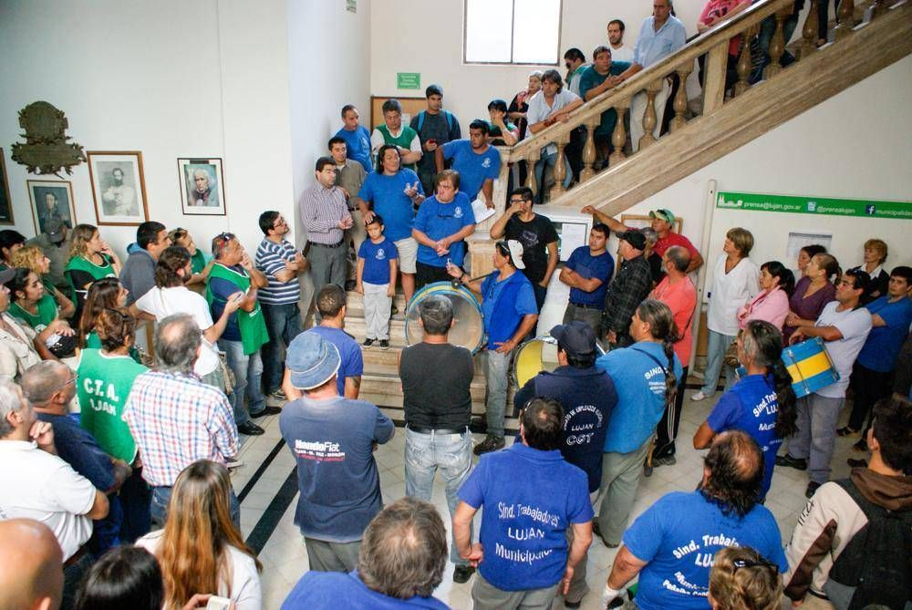 Gremios municipales se preparan para afrontar las paritarias