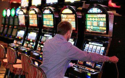 En casinos bonaerenses realizaron un paro tras el cierre anunciado por Vidal