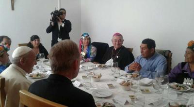 Almuerzo con referentes de pueblos originarios