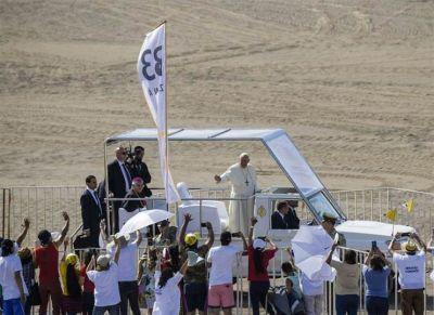 La polémica por los abusos se reavivó y empañó la despedida del Papa de Chile
