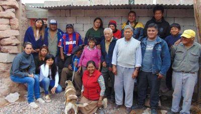 Vecinos piden prioridad en entrega de viviendas