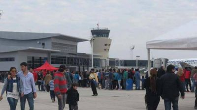 El Gobierno provincial gestiona incrementar los vuelos y aumentar las frecuencias