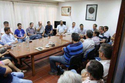 Funcionarios y productores del sur se reunieron para tratar el caudal por el Atuel que pide La Pampa