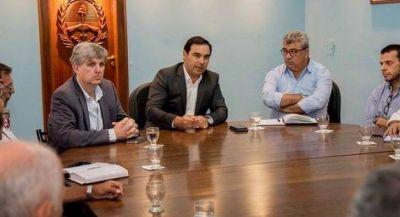 Valdés alista mega proyecto hídrico