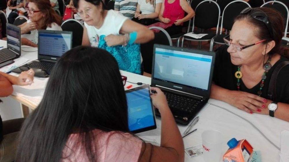 Se completa la entrega de 11.700 tablets a jubilados