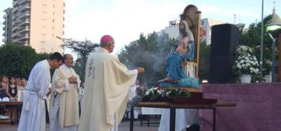 Lomas celebra sus fiestas patronales