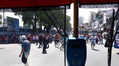 Manteros denunciaron irregularidades en un censo realizado por la Ciudad
