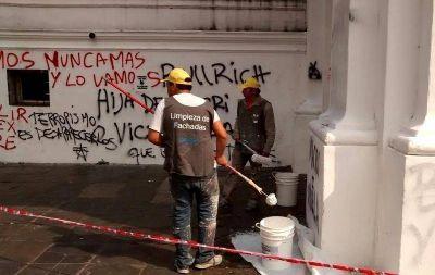 La limpieza de la Ciudad tras las marchas, un negocio millonario para empresas amigas del Gobierno
