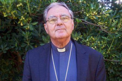 Francisco recibirá en el Vaticano a la conducción del Episcopado