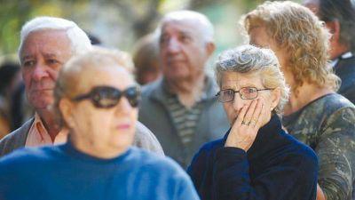 Informe especial: Los jubilados siguen perdiendo poder adquisitivo