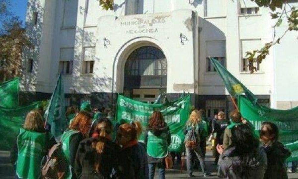 ATE busca un aumento para municipales con un piso del 30%
