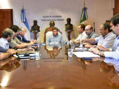 El Ejecutivo y representantes de ENOHSA analizaron el estado de las obras del Segundo Acueducto del Interior