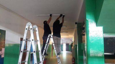 Sigue el mantenimiento de escuelas de toda la provincia