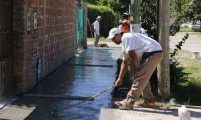 El Municipio continúa construyendo veredas en Del Viso y Villa Rosa