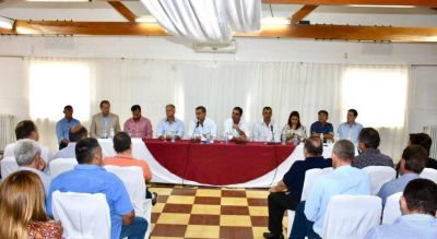 Intendentes y legisladores de Cambiemos volvieron a pedir una renegociación por la coparticipación