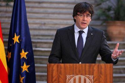 Revés para Rajoy en su intento de frenar la restitución de Puigdemont