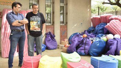 López celebró la llegada de material a su distrito