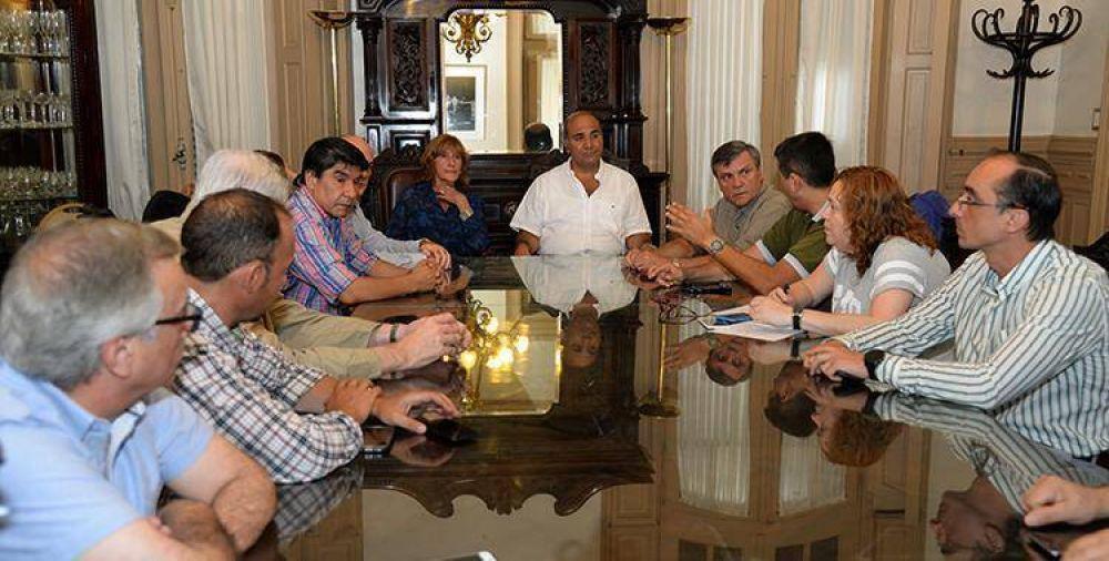 Con Manzur a la cabeza, el Comité de Emergencia evalúa la situación por las tormentas en Tucumán