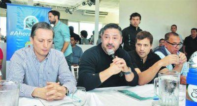 Moyano alteró agenda del PJ; negocian tregua con Espinoza
