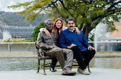 Rumbo a los comicios, Maduro crea otro partido para asegurar su reelección