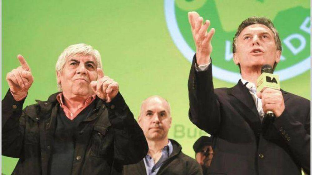 Fuerte cruce entre Macri y Moyano eleva la tensión en el inicio de las paritarias