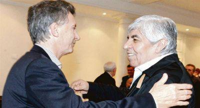 Crece fractura Macri-Moyano y el Gobierno busca aliados en la CGT