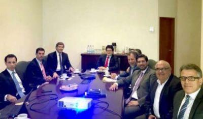 En Perú, Urtubey y Yarade se reunieron con directivos del ingenio San Isidro