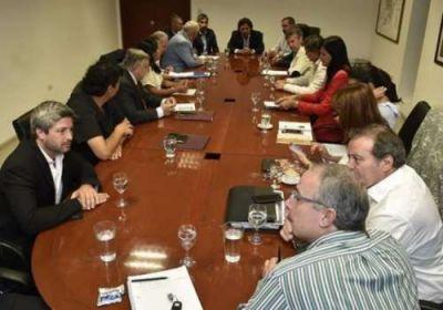 Sáenz hizo debutar a los secretarios con una reunión de Gabinete