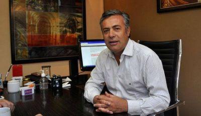 Cornejo se enojó por las críticas al laudo