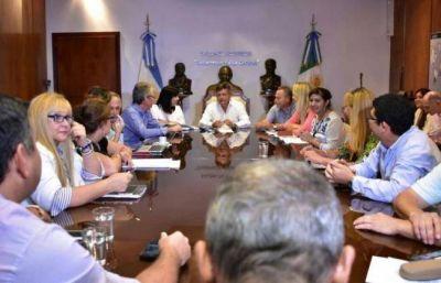 Peppo y legisladores planean extender la emergencia hídrica