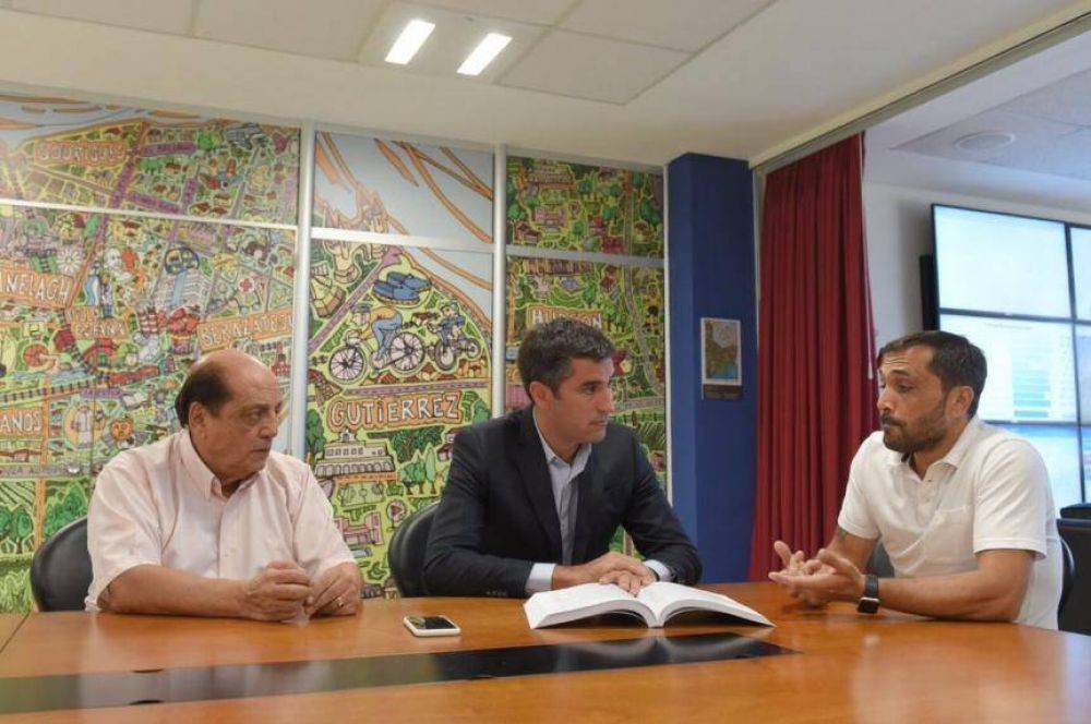 Otro municipio peronista se sube al tren del Pacto Fiscal de Cambiemos
