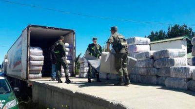 Retienen un camión con mercadería de contrabando traída desde Chile