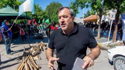 """Salarios 2018: Aguiar pide a estatales que se afilien """"para romper el techo del 15%"""""""
