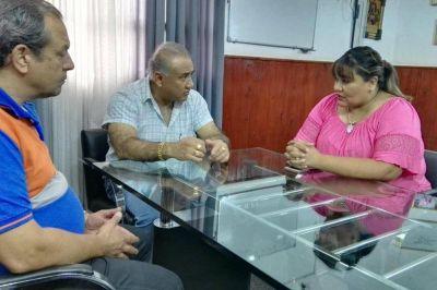 Ante la crecida de los ríos, la ministra Edith Cruz trabaja en el norte de la provincia