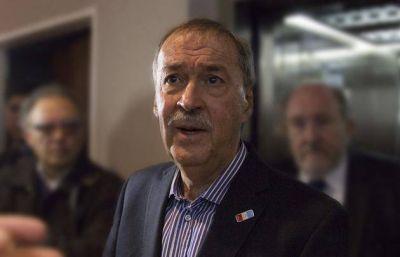 Schiaretti no desplazará a los familiares de funcionarios