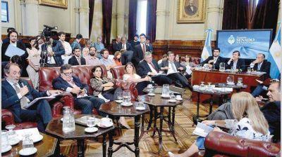 Cambiemos ya negocia con el PJ para dividir el mega DNU en proyectos de ley