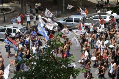 """Los guardavidas marplatenses denuncian: """"No tenemos ni para reponer los botiquines"""""""