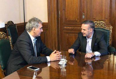 Pichetto, en temporada alta: recibió a Santiago Montoya en el Senado