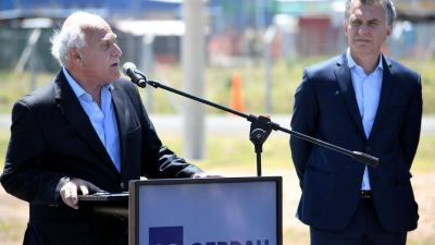 Los gobernadores e intendentes que resisten el pedido de Mauricio Macri contra los parientes