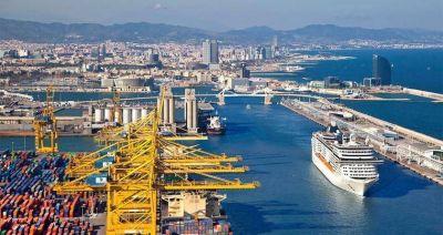 Puerto de Barcelona logra importante incremento en el manejo de carga en 2017