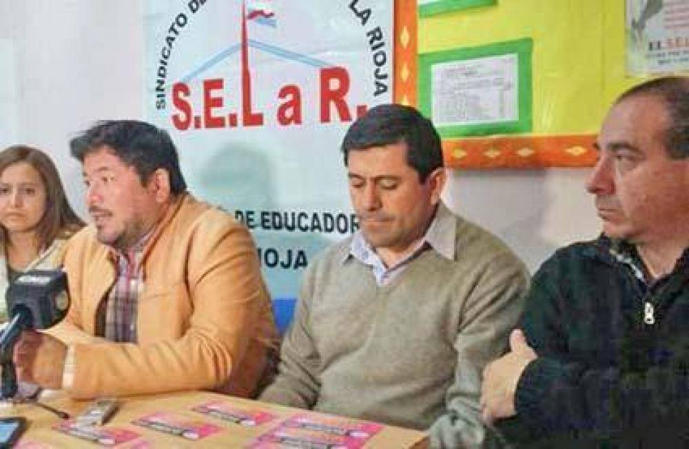 La Rioja: Docentes denuncia que Nación les bajó el sueldo