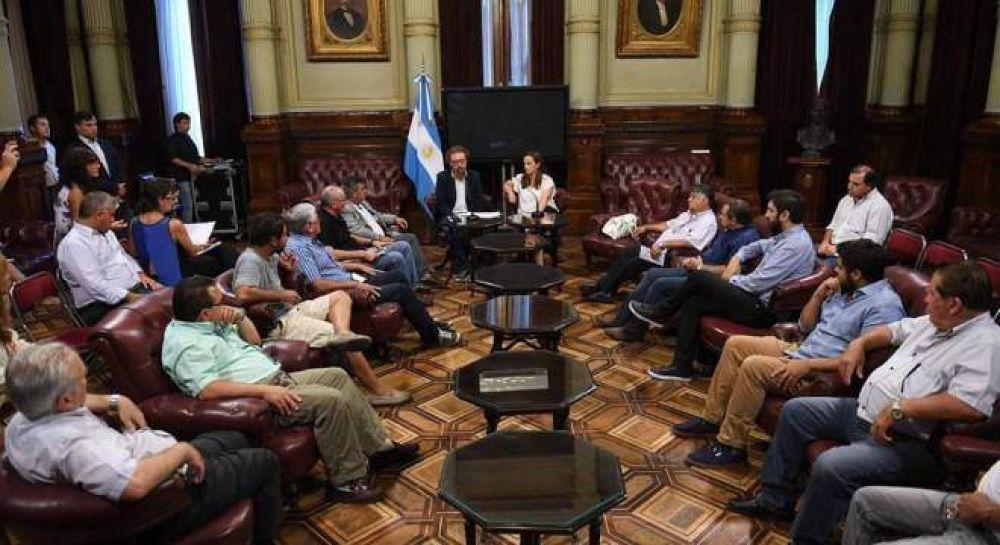 Macri eliminó un fondo para la industria naval y activó una protesta gremial