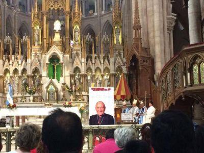 Ante la Virgen de Luján, pidieron la canonización del Card. Pironio