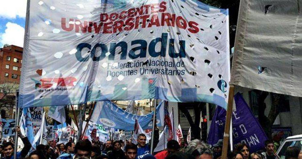 Docentes Universitarios marcharán el 22 y piden inmediato aumento salarial