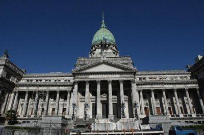 El oficialismo avanza en la ratificación del megadecreto, pero lo dividirá en tres leyes