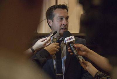 Arturo Rojas, manifestó su repudio a la medida de fuerza de transportistas de granos Autoconvocados
