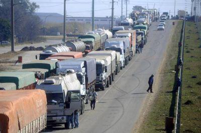 Se agrava el conflicto con los transportistas y el gobierno se niega a intervenir