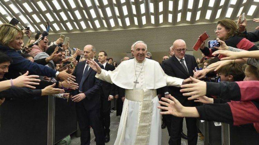Papa: La Buena Noticia entra en el corazón, va a las manos y se traduce en buenas obras