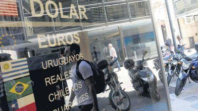 Con el calor, el dólar se pone cada vez más caliente