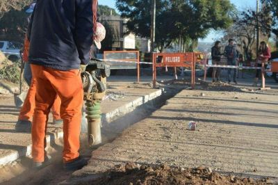 ENHOSA licitará obras por 167 millones para terminar las cloacas en Carlos Paz